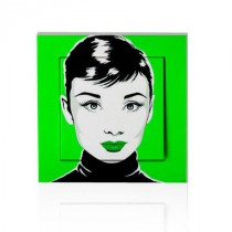 stickers interrupteur pop art Audrey sur fond vert