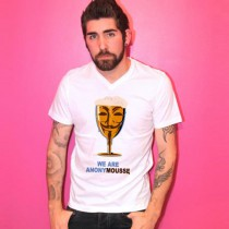 Tee-shirt col V homme Anonymousse